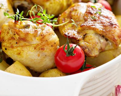 servim aquesta recepta de pollastre als menjadors escolars.