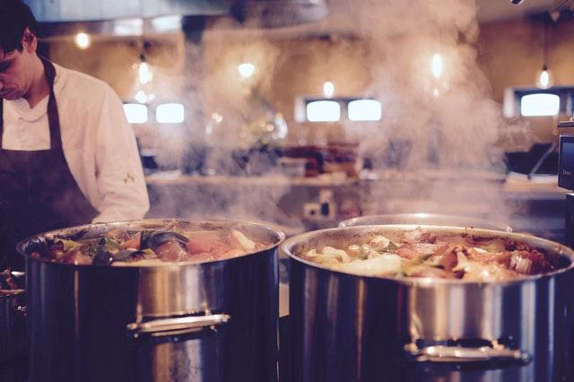 receptes de sopes d'hivern per menjadors escolars