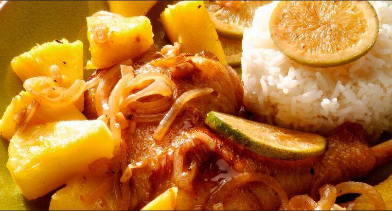 Receta pollo con piña para comedores escolares